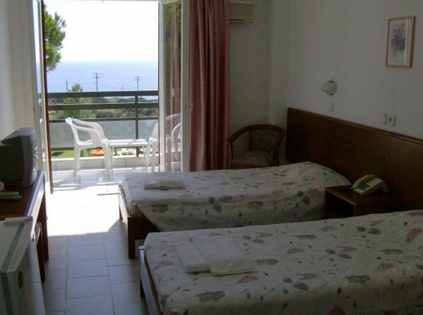 Irinna Hotel (Svoronata)