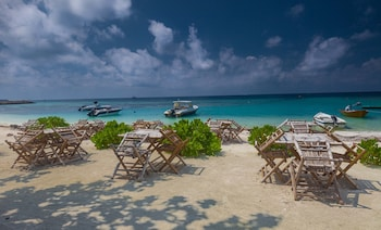 Triton Beach Hotel And Spa At Maafushi