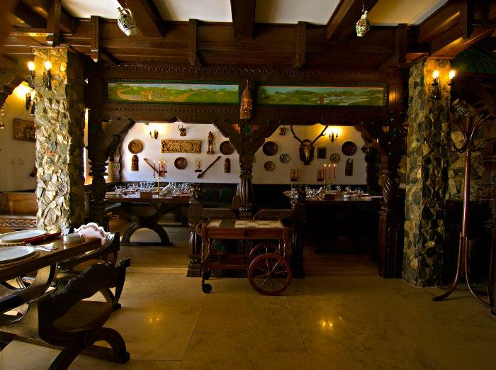 HOTEL CASTEL PRINTUL VANATOR - REVELION