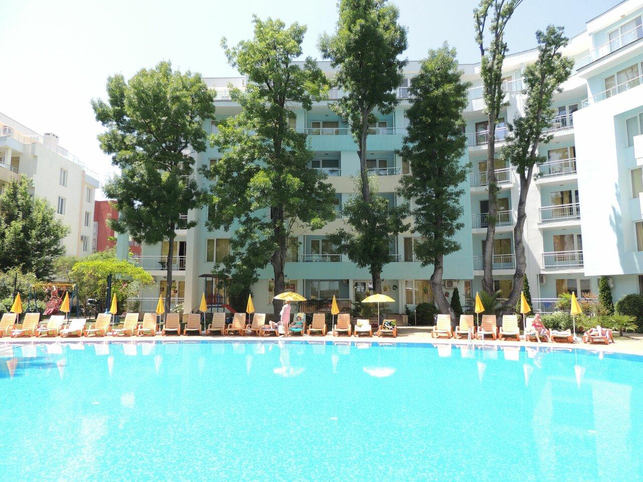 Yassen Holiday Village