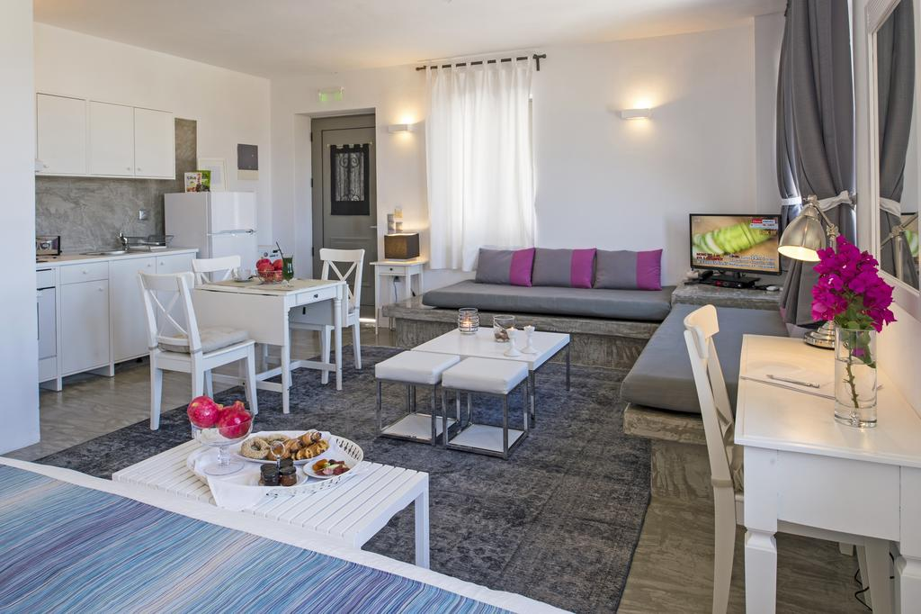 Naoussa Hills Boutique Resort -Adults Only
