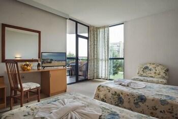 Marlin Beach Hotel