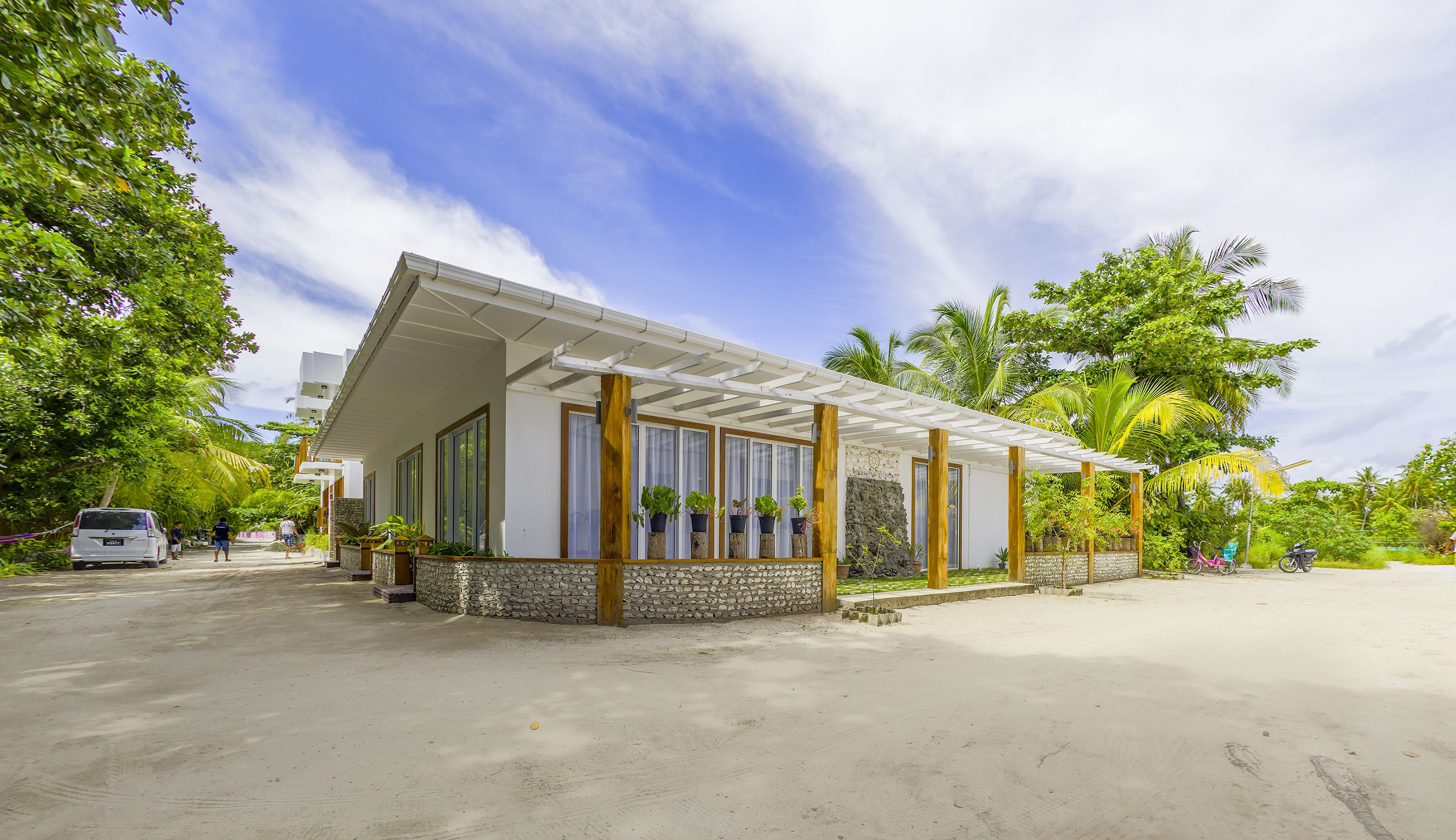 Dhigurah Retreat Beach