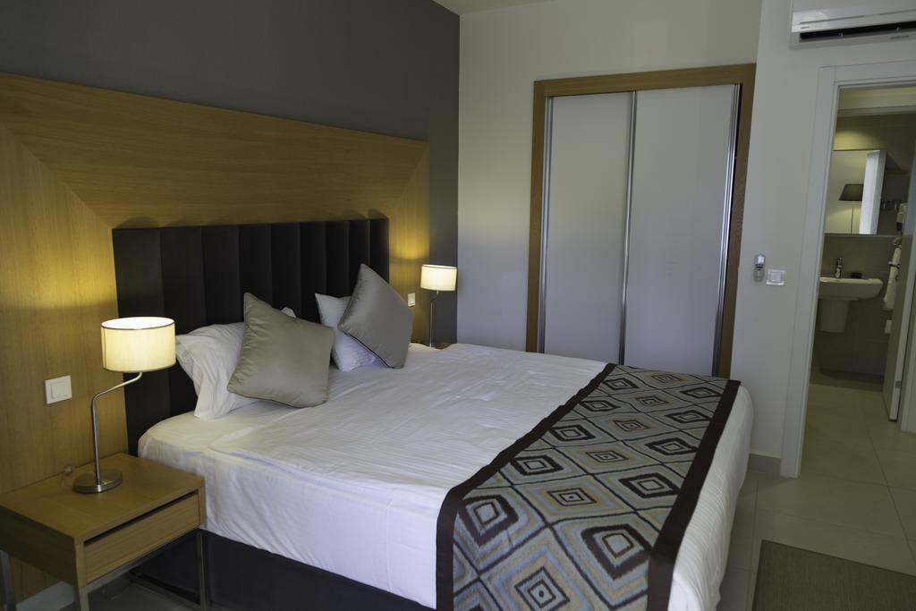 Ramada Hotel&Suites By Wyndham Kusadasi