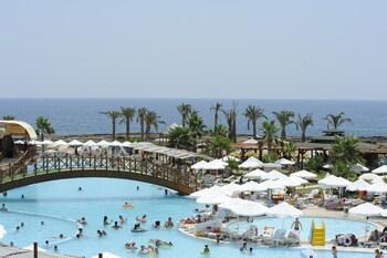 Oz Hotels İncekum Beach Resort