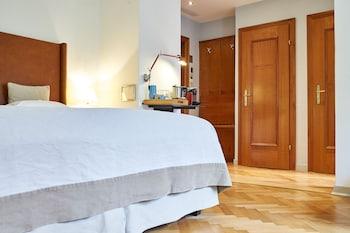 Hotel And Villa Auersperg