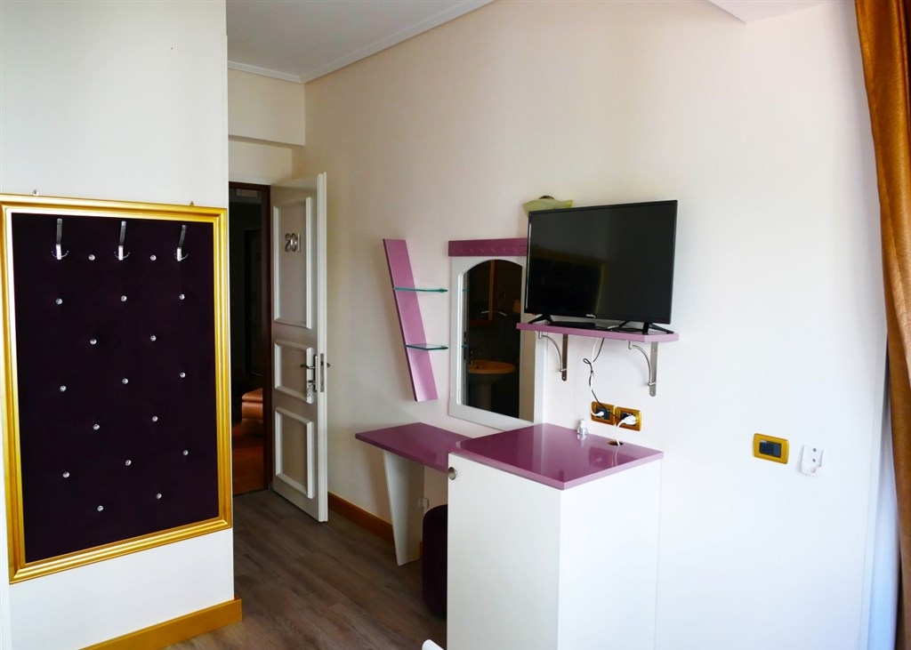 Erdano Hotel