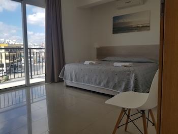 Valentinos Apartments