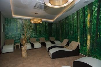 Palm World Side