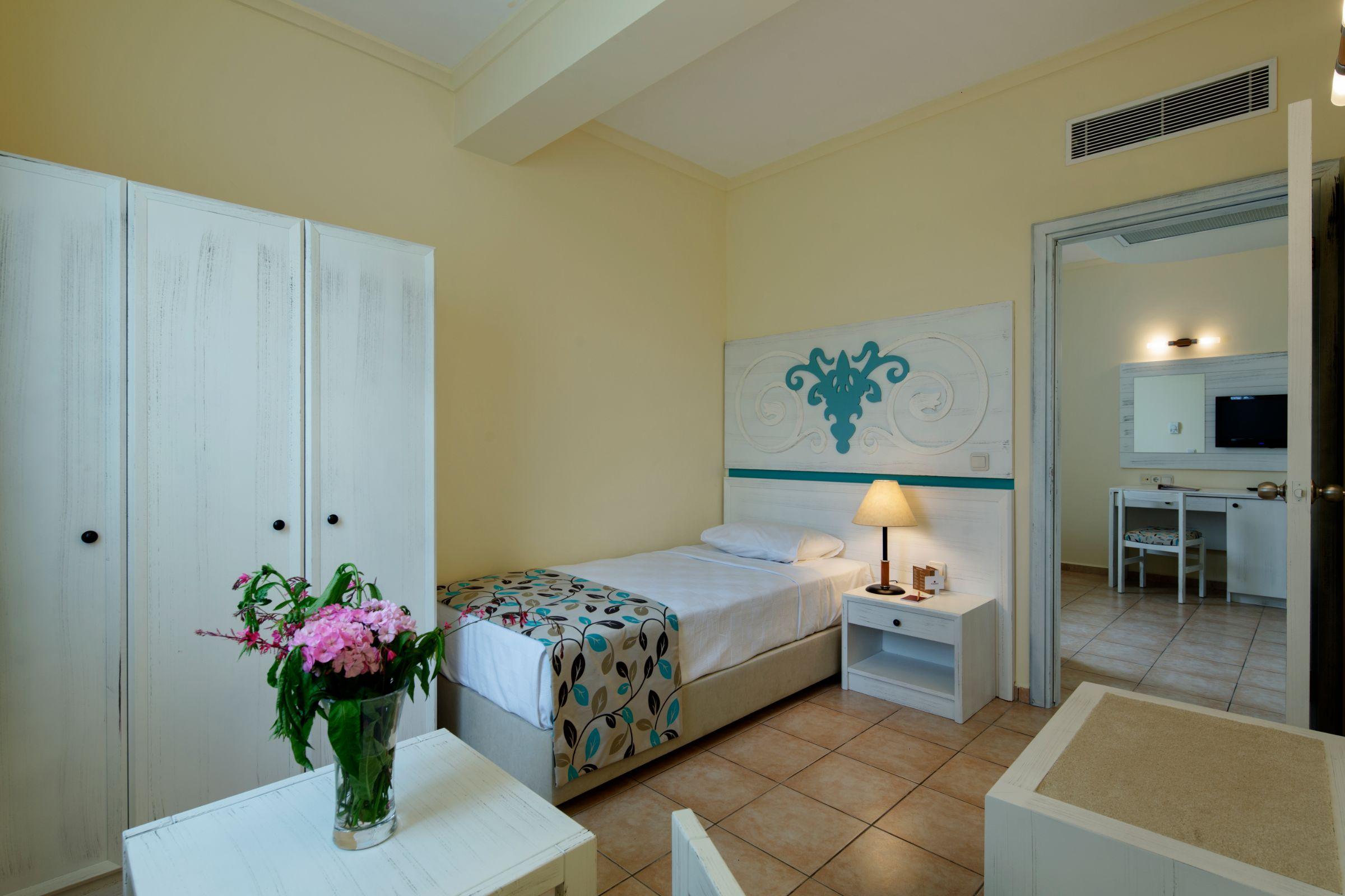 Euphoria Palm Beach Resort