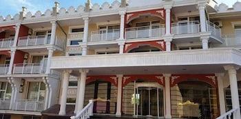 Elit Palace