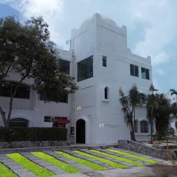 Nirvana Hostel Cancun Hotel Zone