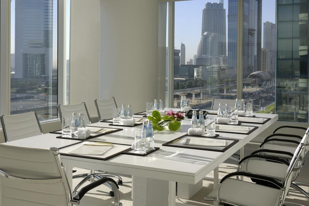 Voco Dubai Hotel (formerly Nassima Royal Hotel)
