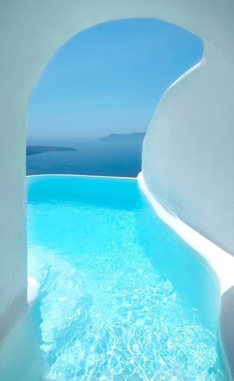 Dana Villas and Infinity Suites (Firostefani - Adults only)