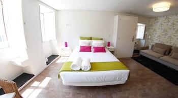 Ribeira Cinema Apartments