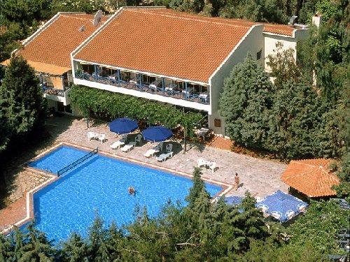 Zoe Hotel (ex.Trypiti Hotel and Suites)