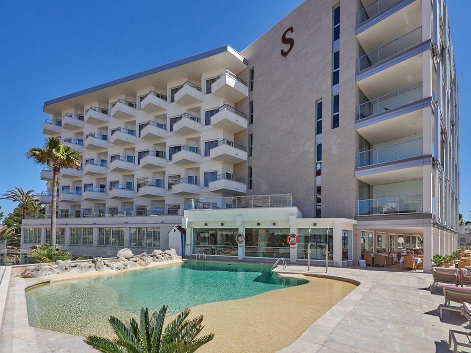 PURE SALT GARONDA HOTEL