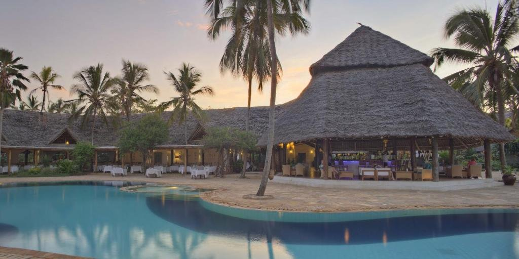BLUEBAY BEACH RESORT AND SPA (Kiwengwa)