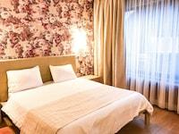 SUNNY HILL HOTEL