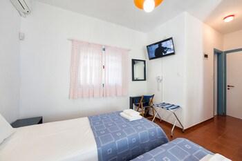 Fivos Apartments