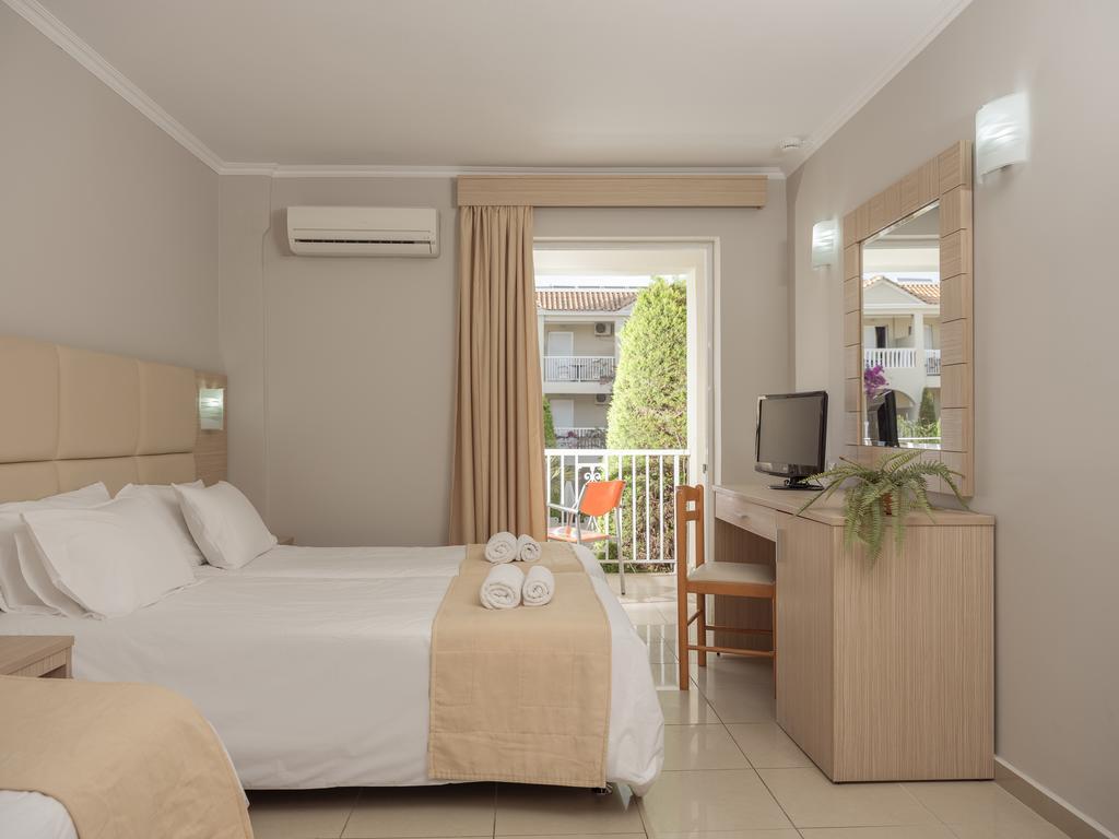 TSILIVI ADMIRAL HOTEL