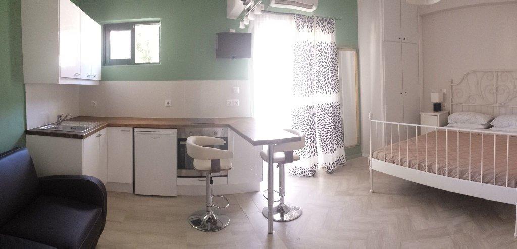 Babis Studio Apartments