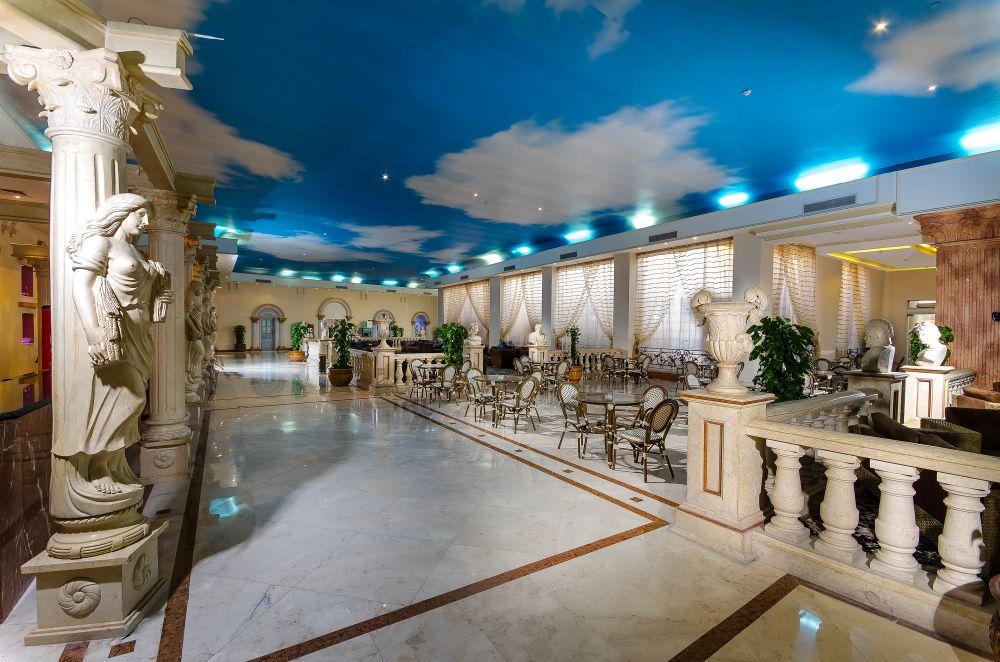 Titanic Palace Resort