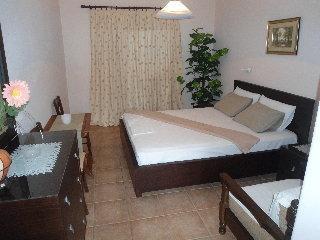 Machi Rooms
