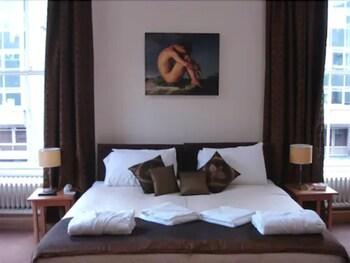 Aberdeen House Hotel And Soprano Hostel