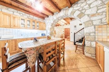 Joanna's Stone Villas