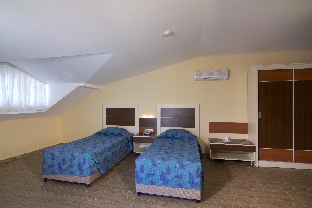 KRIZANTEM HOTEL
