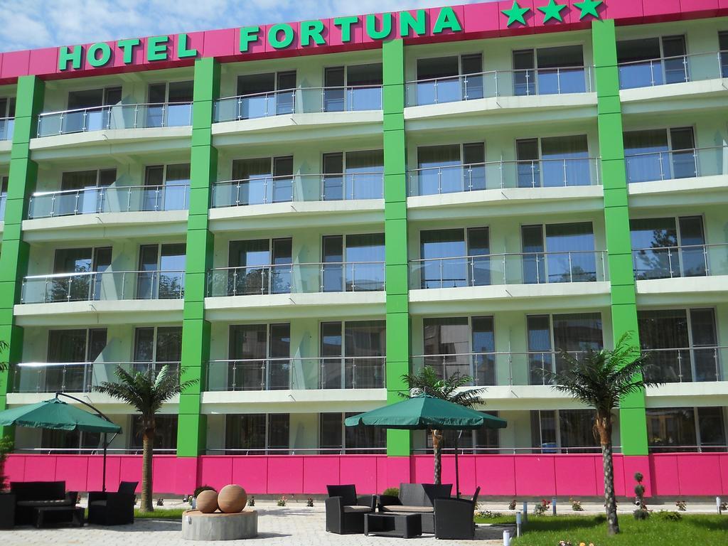 Hotel Fortuna - Apartament - Sejur Standard - Mic dejun