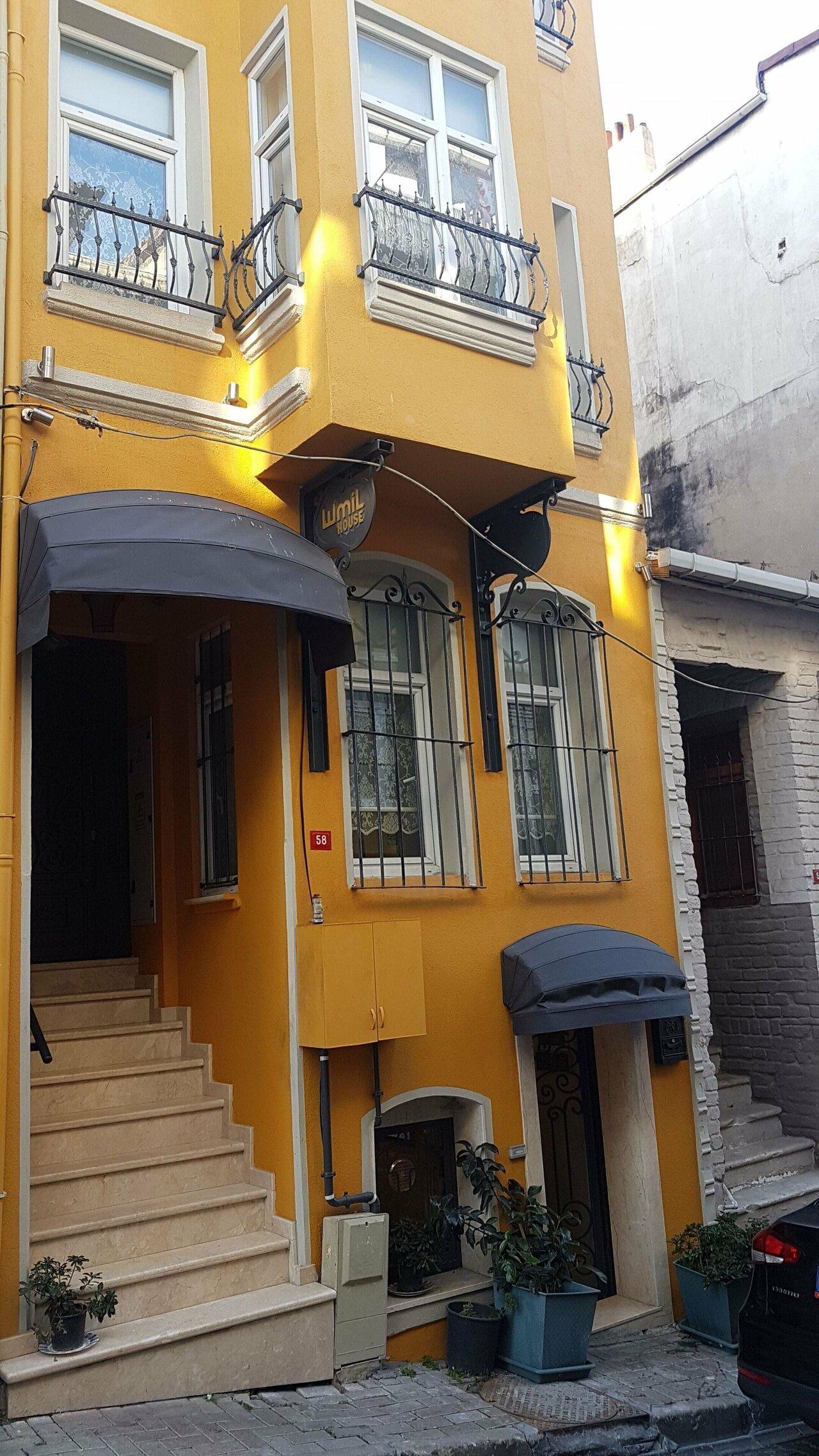 Emil House Apart