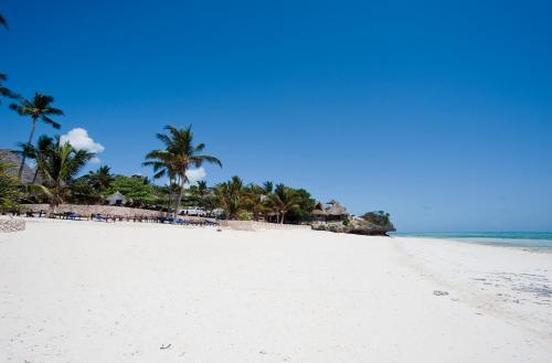 KARAFUU BEACH RESORT & SPA