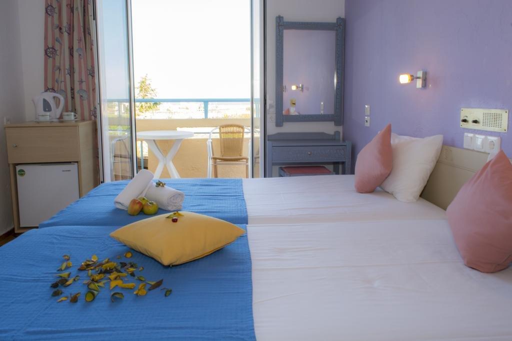 Nikos Hotel  (rec 2*)