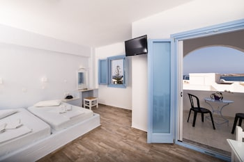 Stratos Apartments And Studios