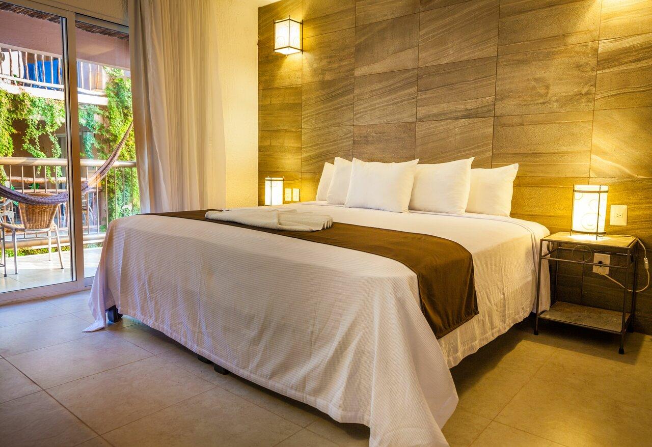 El Tukan Condotel Suites & Beach Club
