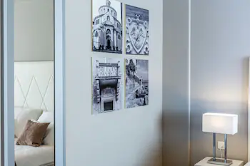 Apartments And Rooms Preelook
