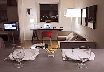 Standing Hotel Suites