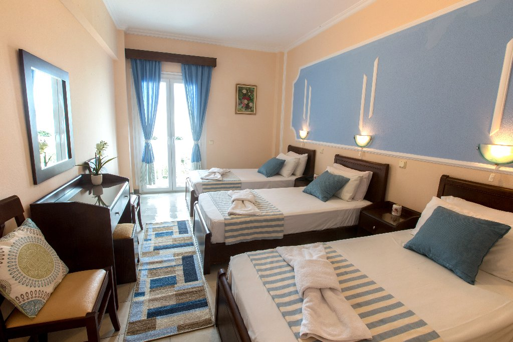 SIRENA BEACH HOTEL (Gouvia) (C)
