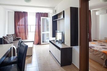 Salena Apartments In Saint George Complex