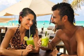 Coco Beach Hostel