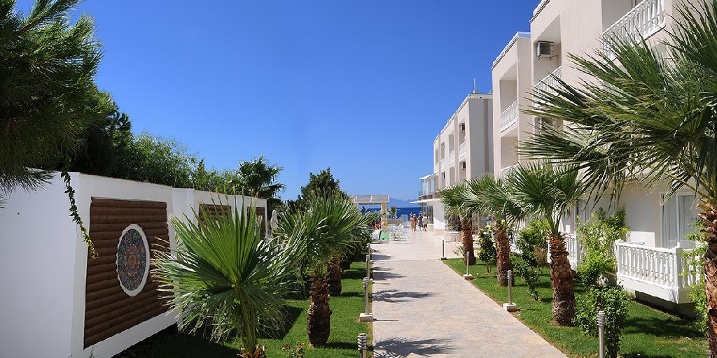 DOGAN BEACH RESORT - SPA HOTEL