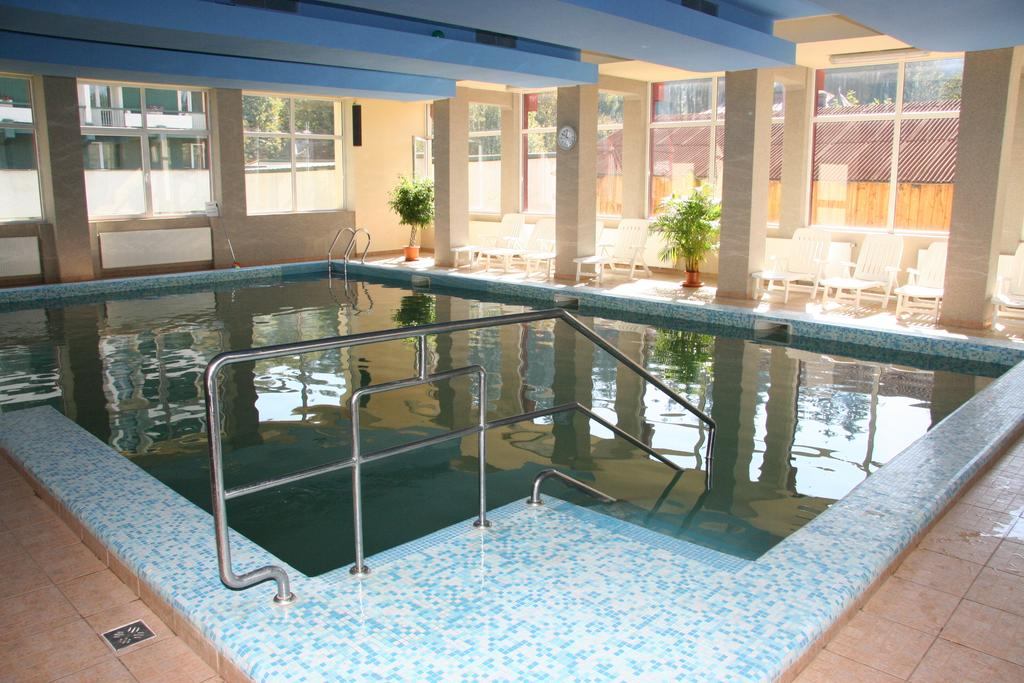 Hotel Bradul - Oferta standard - pensiune completa