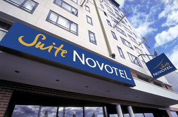SUITE NOVOTEL PARIS PORT DE MONTREUIL