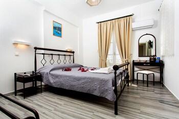 Drios Paros Luxury Hotel