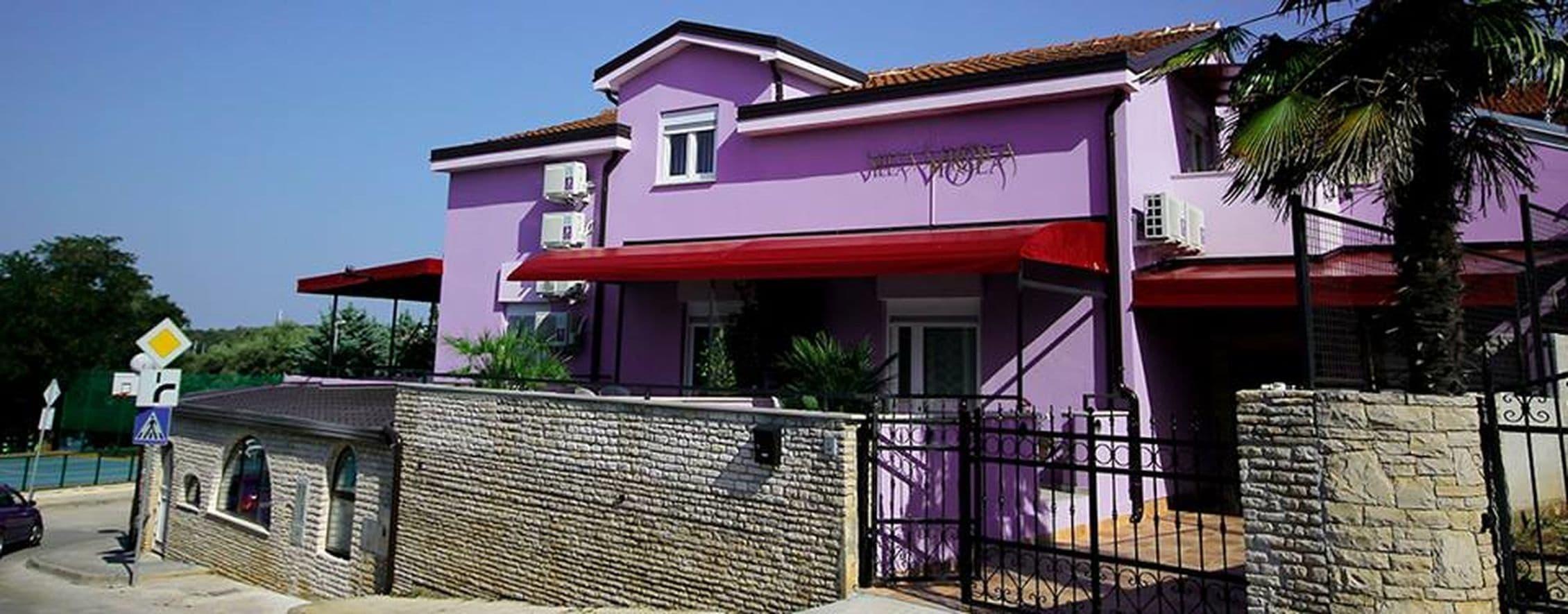 Aparthotel Viola