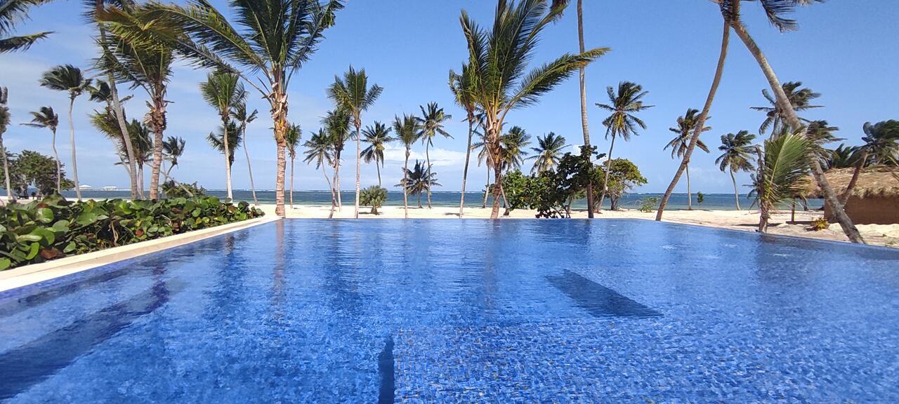 Serenade Punta Cana Beach & Spa Resort