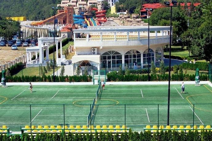 Villas Elenite