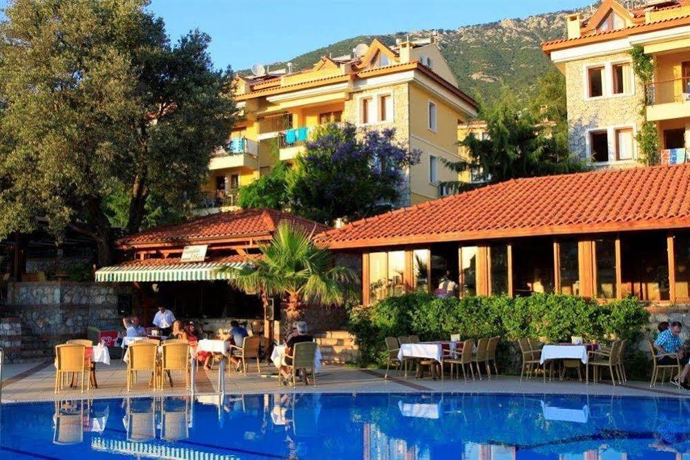 Perdikia Hill Family Resort